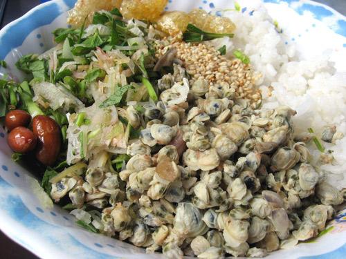 Image result for cách làm cơm hến